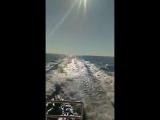 На яхте