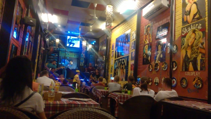 Little Rock Cafe - еще немного русского рока в Нячанге