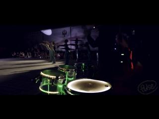 Световое барабанное шоу