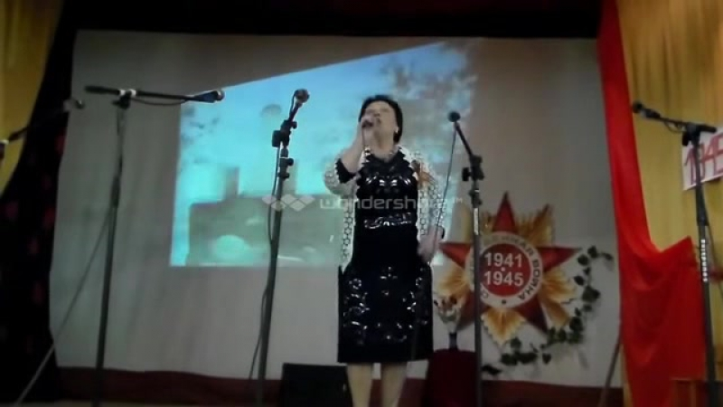 Поет Антонина Артемова Праздничный концерт на 9 Мая - YouTube (online-video-cutter.com)
