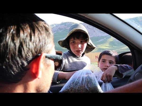 Азербайджан.Чем торгуют дети?Кутабы с травкой.Первое впечатление
