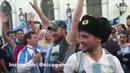 Пьяного болельщика по фанатски потролили перед задержанием в Москве