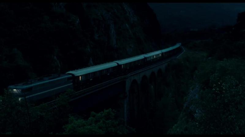 Train de Nuit - CHANEL N°5.mp4