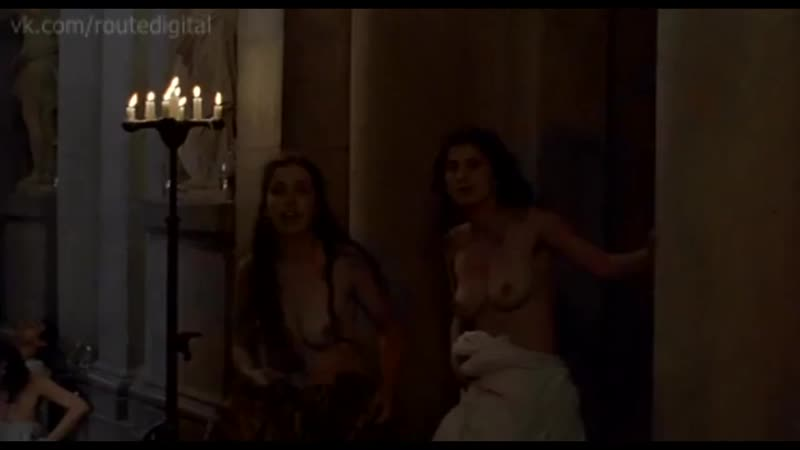 nipple-sucking-queen-margot-pussy-full-throttle-saloon