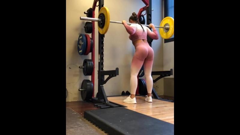 тренировка ног и попы от Кристины Стром Фьере