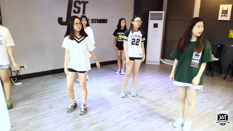BLACKPINK - BOOMBAYAH (Джихён - учитель) @ JST DANCE STUDIO
