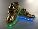 Кроссовки золотые USB со светящейся подошвой