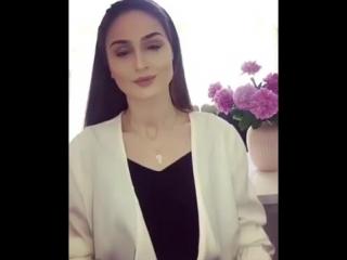 Русская девушка поёт замечательную арабскую песню 🇷🇺😍 ( صوتها يريح آلنفس !! )