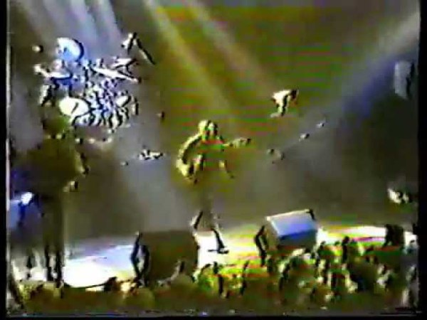 Discharge - Victoria Hall - Hanley, Stoke On Trent - 1983