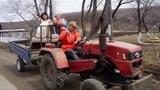 Олег Пахомов А мы на тракторе катались