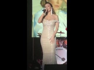 Ани Лорак - Разве ты любил (Бостон, 16-03-2018)
