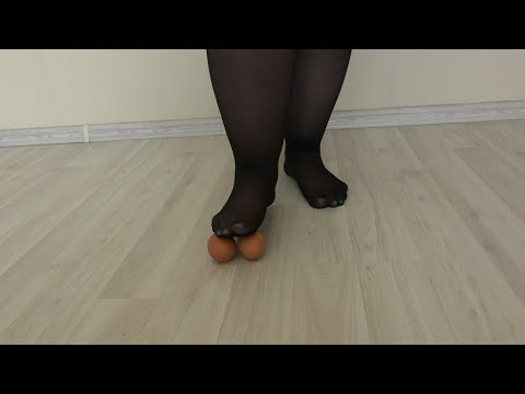 Bbw in black nylon pantyhose crushes eggs