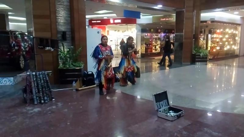 Настоящие индейцы в ТЦ Арена Барнаул