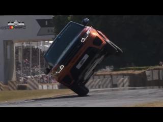 Land Rover Sport SVR побил рекорд езды на двух колёсах