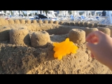 [А ну-ка Давай-ка] ОГРОМНЫЙ ЗАМОК ИЗ ПЕСКА и Кролик БАФФИ ! DIY на русском / Красивый замок из песка КАК СДЕЛАТЬ ЗАМОК?
