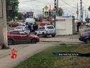 Машина такси вспыхнула прямо на дороге в Челябинске