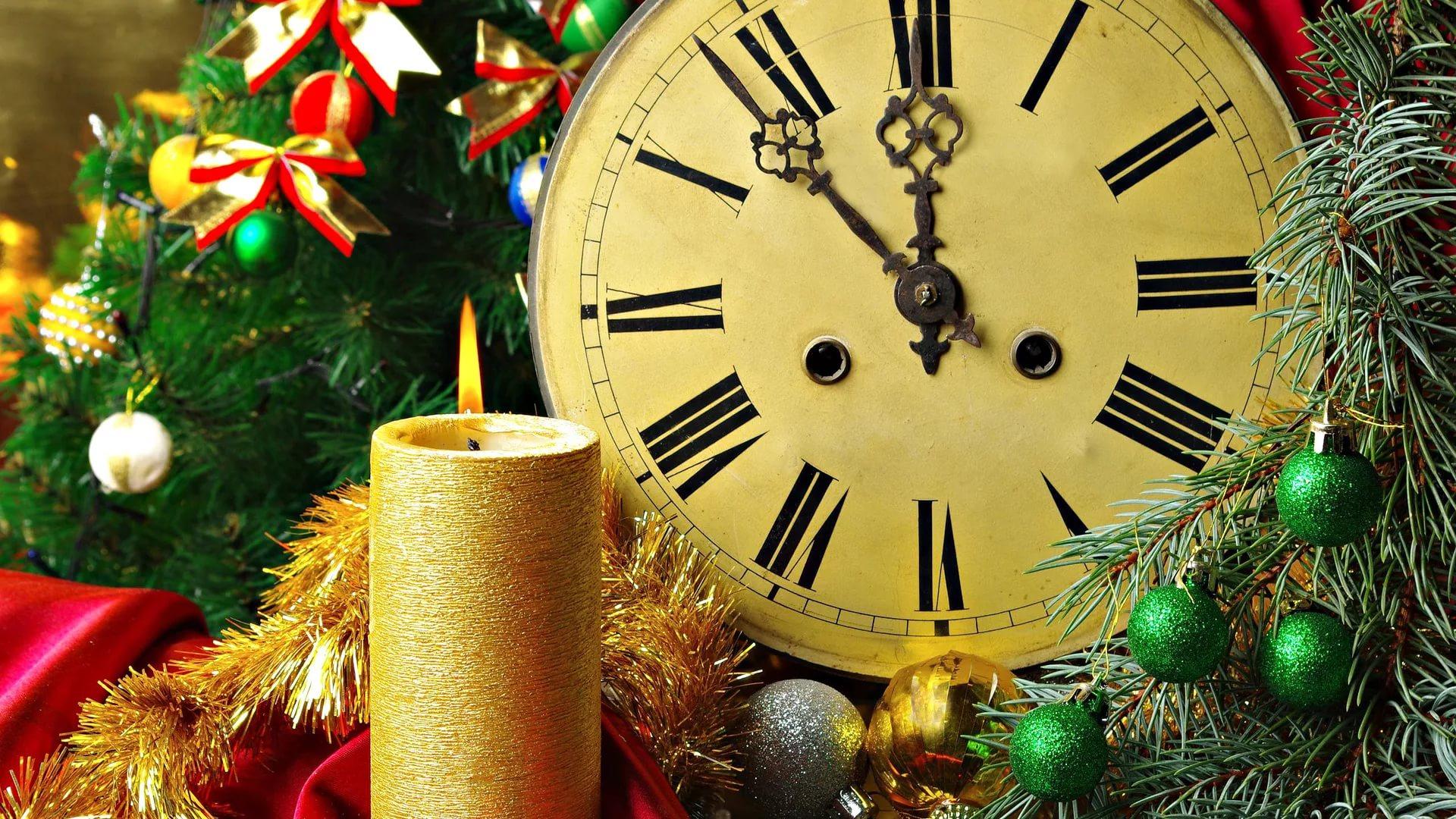 29 декабря в 18:00 в нашей школе состоится новогодний вечер.