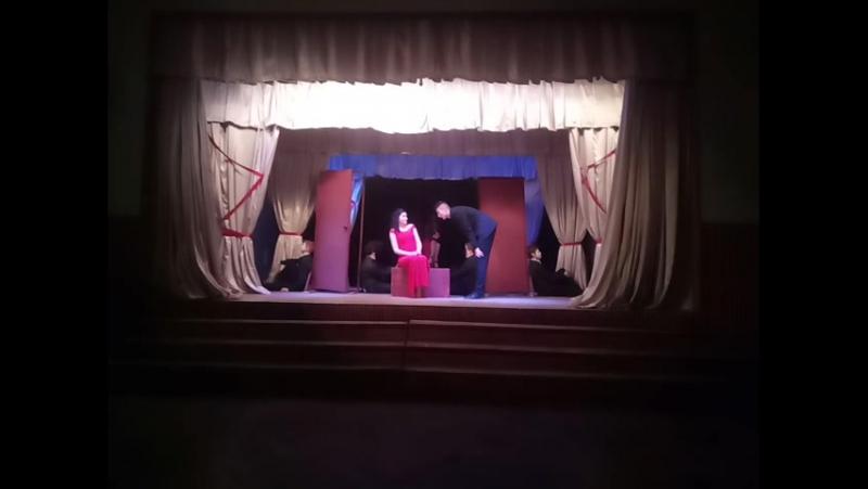 Две Двери пьесса