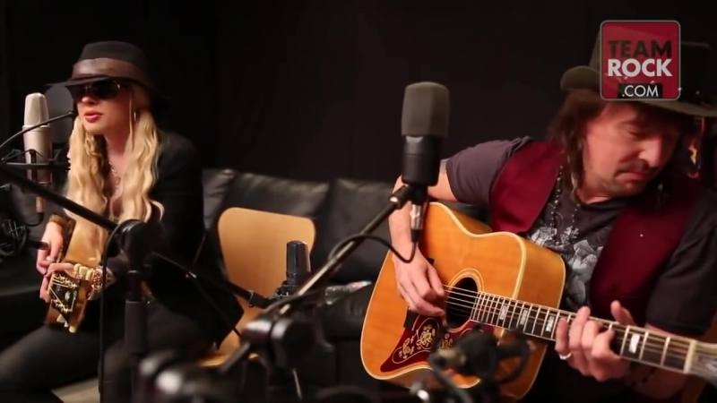 Richie Sambora and Orianthi Livin On A Prayer Music Video