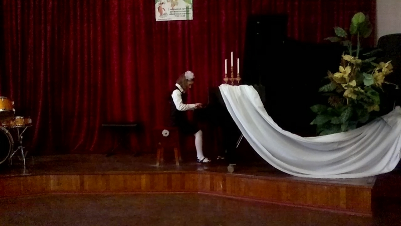Пьеса Балерина исполняет Яна Пика