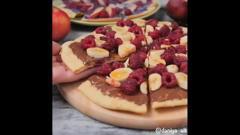 Сегодня на десерт сладкая пицца 🍕🍓