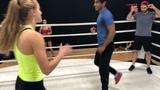 Брэннан против Жаклин (Красный ДЗ против Жёлтой БМ)