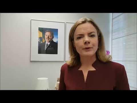 Gleisi rebate delegados e diz que Lula não será transferido sem negociação