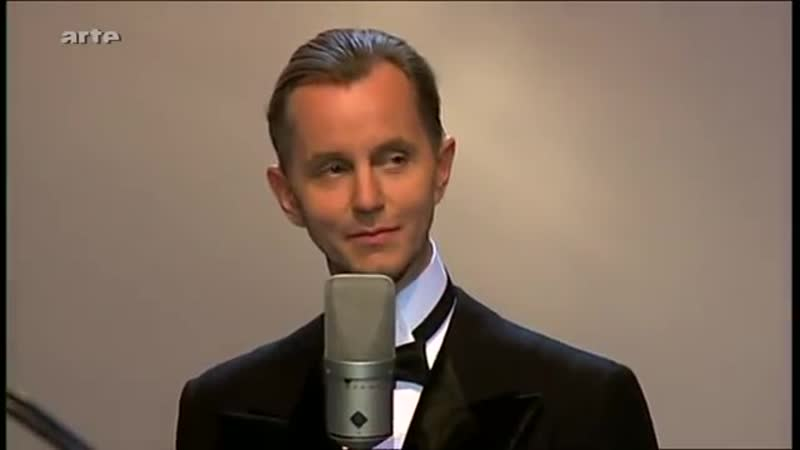 Max Raabe Palast Orchester - J'Attendrai