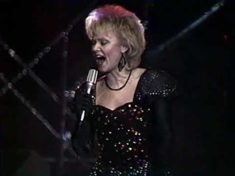 Anne Veski - Veel üks pilet (LIVE 1988)