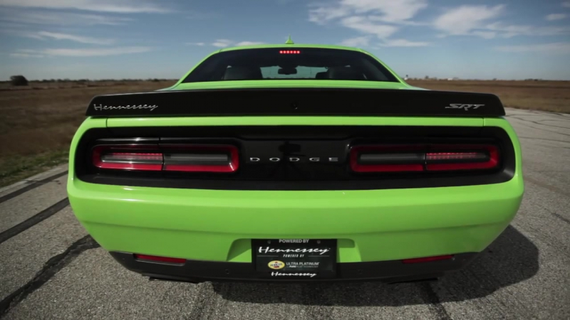Hennessey HPE850 Hellcat Challenger in Action