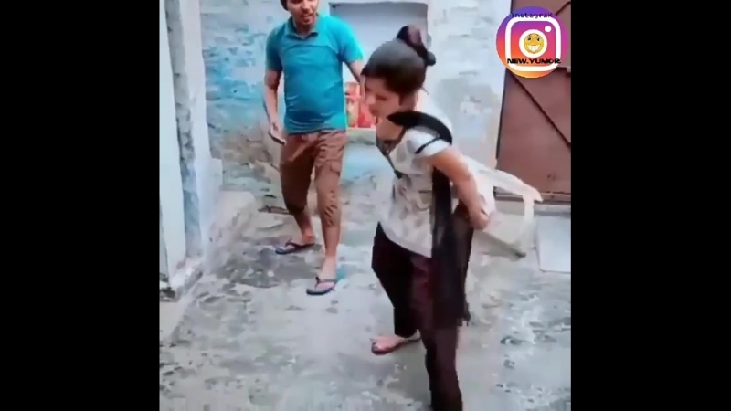 Yeni.Yumor on Instagram_ _Yaxşı oldu elə -__BmO(MP4).mp4