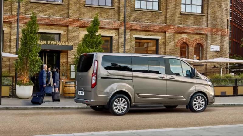 2018 Ford Tourneo Custom - INTERIOR