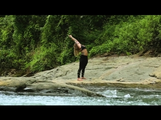 Beautiful yoga flow in costa rica
