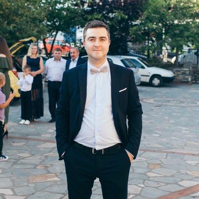 Артур Адамян