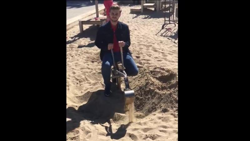 могила из песка