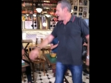 Luis Roberto solta a franga e chupa vocalista do sorrisoaroto e choca a sociedade conservadora