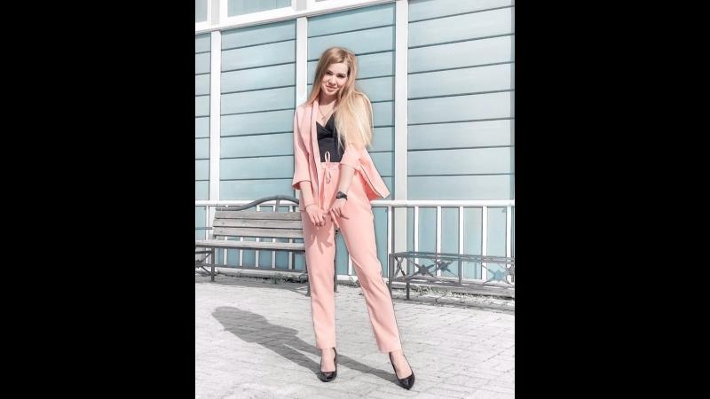 На Кристине ▫️ костюм_от_kmc_irk 2990₽, также в бордовом, белом, мятном и пудрровом цвете ▫️ топ_от_kmc_irk 999₽