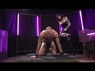 Chelsea Marie - Chelsea Marie Flogs and Flip-Fucks with D. Arclyte