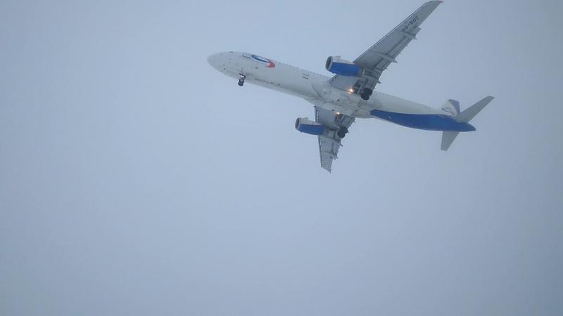 Аэропорт Чебоксары Airbus A321 Ural Airlines Москва-Чебоксары посадка 15.01.18