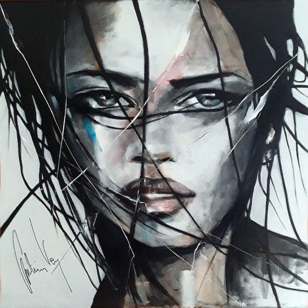 Кристиан Вей (Christian Vey) - французский художник. Родился 8 ноября 1960 года, в Сент-Этьене. Как художник он самоучка, открыл свою страсть к живописи в 1986 году. В 26 лет, в дождливый день в Бретани, он посетил художественную галерею, где, увидев карт