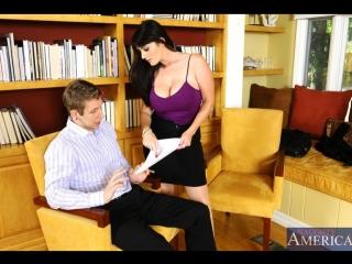 Грудастая секретарша отдалась боссу