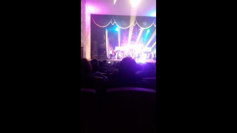 моя дочка на сцене у Гузель Уразовой