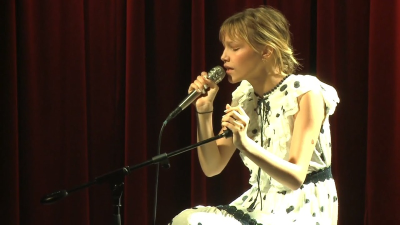 Grace VanderWaal - In My Blood (Shawn Mendes cover) [Live from the GRAMMY Museum)