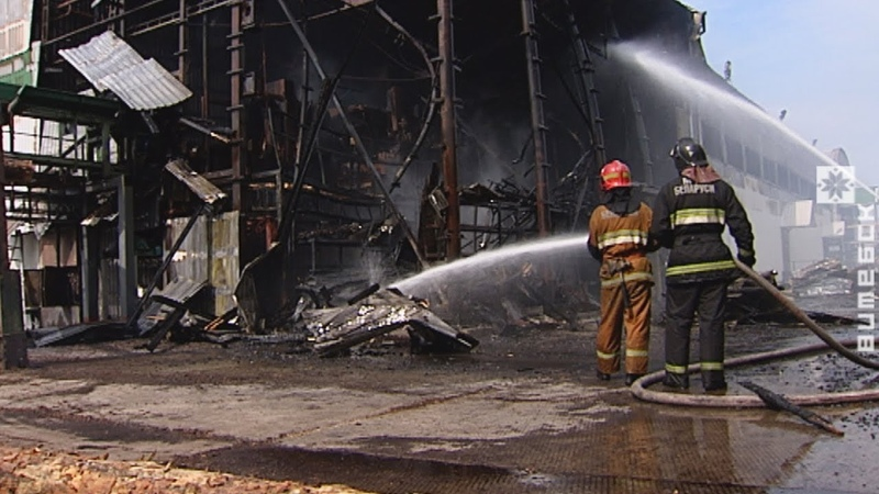 Пожар на лесопилке в Витебске (19.06.2018)