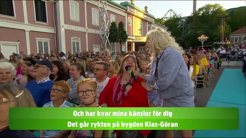 Lotta Engberg Peg Parnevik and the audience Är Du Kär I Mig Ännu Klas Göran Lotta På Liseberg 25 06 2018