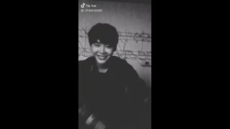 Jongsuk- WOW