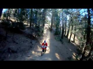 Велосипедная прогулка Санты, Рудольфа и всей банды