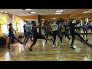 Уличные танцы. Хосе Рамон в школе танцев Квадрат