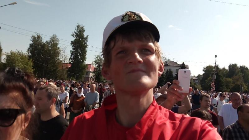 Юрий Клюжев на Божественной литургии в Котласе с Патриархом Кириллом 19 августа 2018 года видео №1