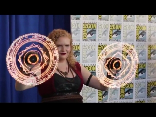 Cosplayer Melissa Troutt with Doctor Strange Magic Spell Display using LED fan